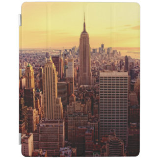 New York skyline city with Empire State iPad Cover