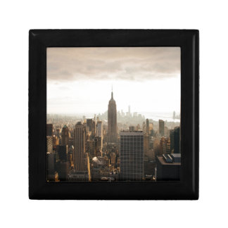 New York Skyline - dusk - grey Gift Box
