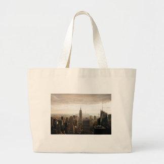 New York Skyline - dusk - grey Large Tote Bag