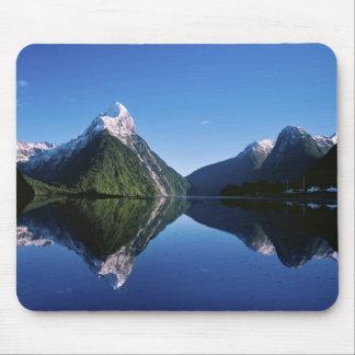 New Zealand, Mitre Peak, Milford Sound, Mouse Mat