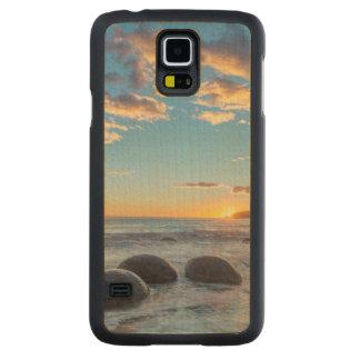 New Zealand, South Island, Moeraki Boulders Carved Maple Galaxy S5 Case