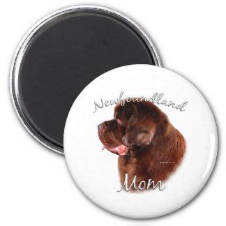 Newfoundland (brown) Mom 2 Magnet