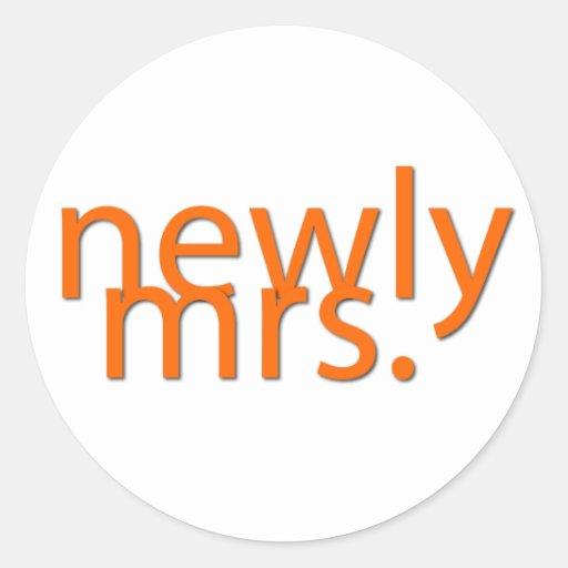 newly mrs-orange round sticker