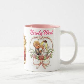Newlywed (1), Precious Wedding Couple Two-Tone Mug