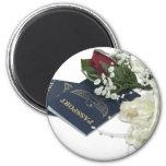 NewlywedsTraveling101610 6 Cm Round Magnet