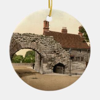 Newport Arch, Lincoln City, Lincolnshire, England Round Ceramic Decoration