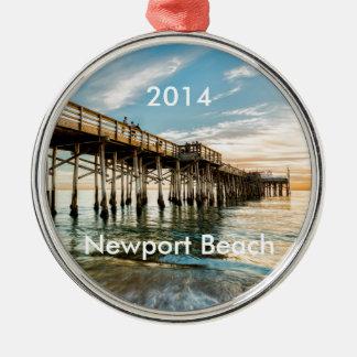 Newport Beach Balboa Pier Silver-Colored Round Decoration