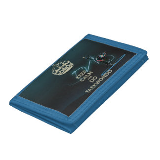 Nice and stylish purse for the young in the style tri-fold wallet
