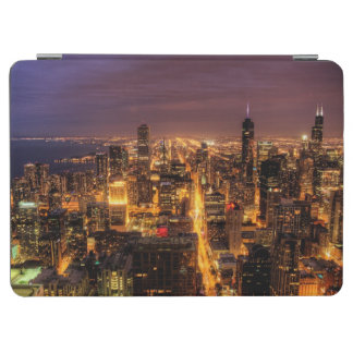 Night cityscape of Chicago iPad Air Cover