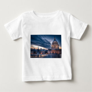 Night falls over St. Paul's Cathedral, London Baby T-Shirt