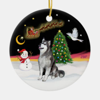Night Flight - Alaskan Malamute Round Ceramic Decoration