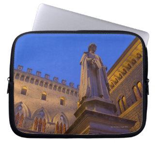 Night time in Piazza Salimbeni, Siena, Italy. 2 Laptop Sleeve
