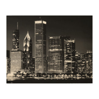 Night view of Chicago's famous cityscape Wood Print