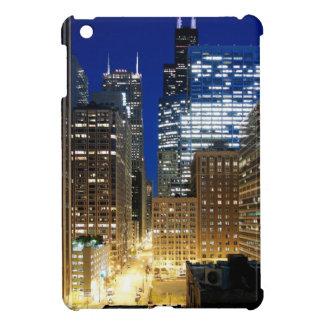 Night view of cityscape of Chicago iPad Mini Cover