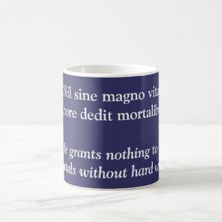 Nil sine magno vita coffee mug
