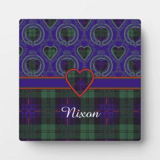 Nixon clan Plaid Scottish kilt tartan Plaque
