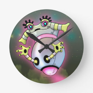 NIXXIE ROBOT CUTE CARTOON MEDIUM CLOCK ROUND
