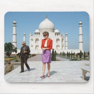 No.122 Princess Diana Taj Mahal, India 1992 Mouse Pad
