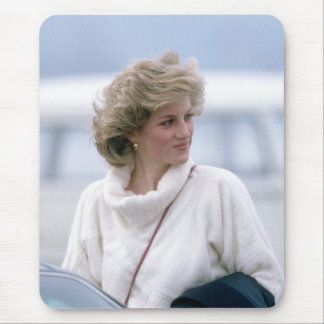 No.31 Princess Diana arrives at Zurich Airport in Mouse Mat
