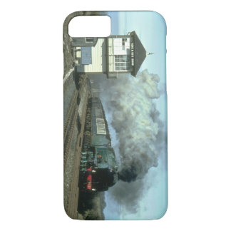 No. 850 storms along the Settle_Steam Trains iPhone 8/7 Case