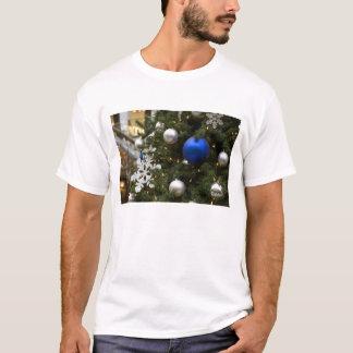 North America. Christmas decorations on tree. T-Shirt