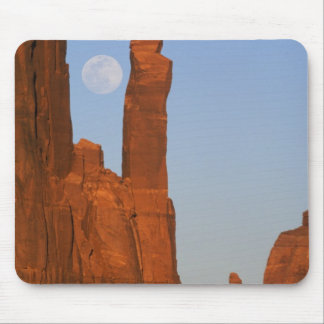 North America, U.S.A., Utah, Monument Valley, 2 Mouse Pad