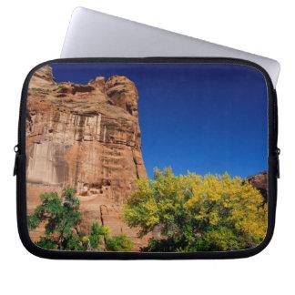 North America, USA, Arizona, Navajo Indian 3 Laptop Sleeve