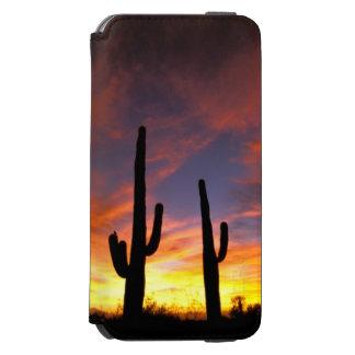 North America, USA, Arizona, Sonoran Desert. Incipio Watson™ iPhone 6 Wallet Case