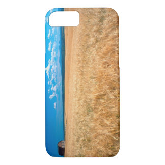 North America, USA, Idaho. Barley field in iPhone 8/7 Case