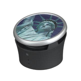 North America, USA, New York, New York City. 7 Bluetooth Speaker