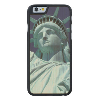 North America, USA, New York, New York City. 7 Carved® Maple iPhone 6 Case