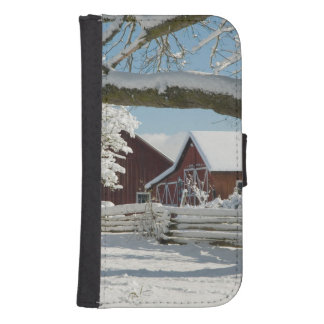 North America, USA, WA, Whidbey Island. 2 Samsung S4 Wallet Case
