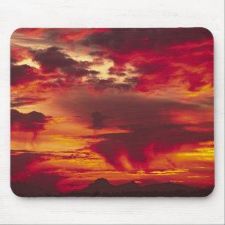 North America, USA, Washington, Seattle. Sunrise Mousepad