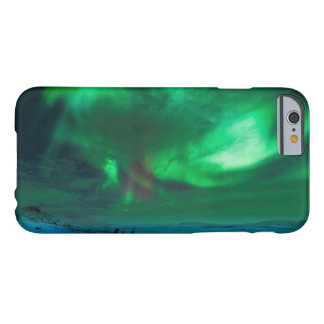 Northern Lights Over Mt Nuolja in Sweden Barely There iPhone 6 Case