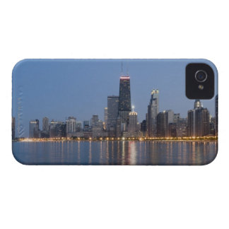 Northern section of the downtown Chicago skyline 2 Case-Mate iPhone 4 Case