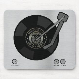Northern Soul vinyl on turntable Mousepad