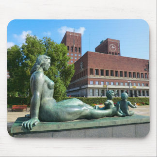 Norway,  Oslo, Statues and City Hall Mouse Mat