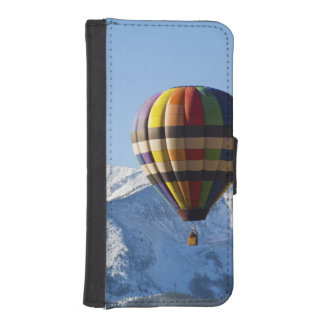 Noth America, USA, Colorado, Mt. Crested Butte, iPhone SE/5/5s Wallet Case