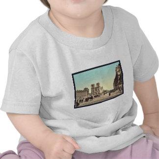 Notre Dame, and St. Michael bridge, Paris, France T-shirts