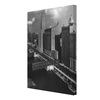 November 1939:  The city of Chicago Canvas Print