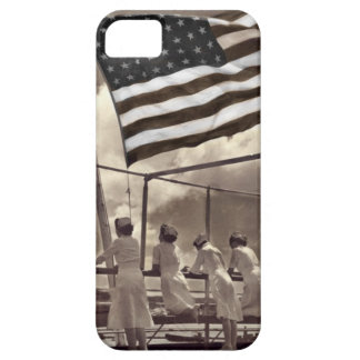 Nurses Looking at an Island 1945 iPhone 5 Cover