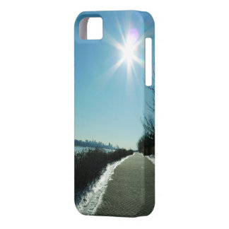 NY & NJ - Cold, Quiet, But Beautiful Case For The iPhone 5