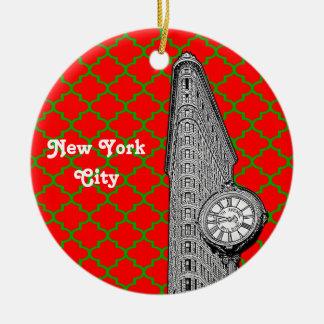 NYC Flatiron Building Red Grn Quatrefoil Xmas Christmas Ornament