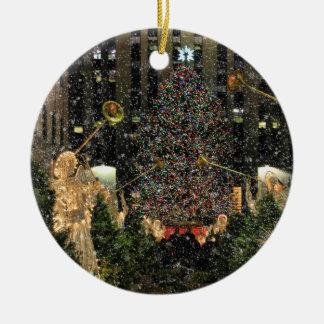 NYC Rockefeller Center Xmas Tree Falling Snow Round Ceramic Decoration
