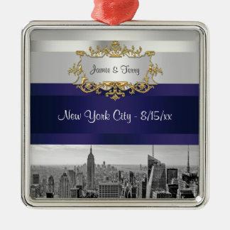 NYC Skyline BW 05 White Navy Blue Invite Suite Ornament