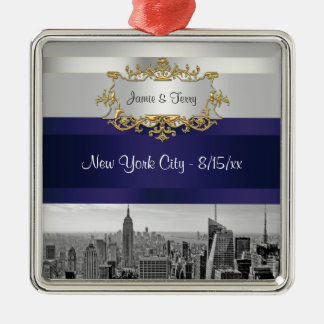 NYC Skyline BW 05 White Navy Blue Invite Suite Silver-Colored Square Decoration