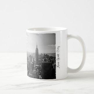 NYC tea cup Basic White Mug