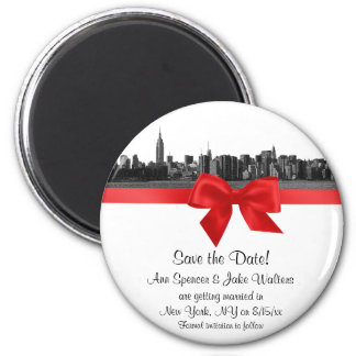 NYC Wide Skyline Etched BW Red Save the Date R 6 Cm Round Magnet