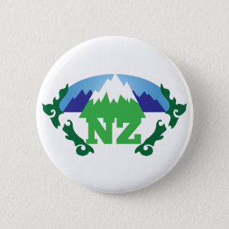 NZ (NEW ZEALAND) with a mountain range trendy 6 Cm Round Badge