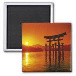 O-Torii Gate, Itsukushima shrine, Miyajima, Magnet
